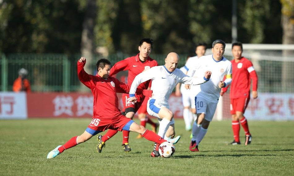 王之者足球:足球运动员为了什么踢球?